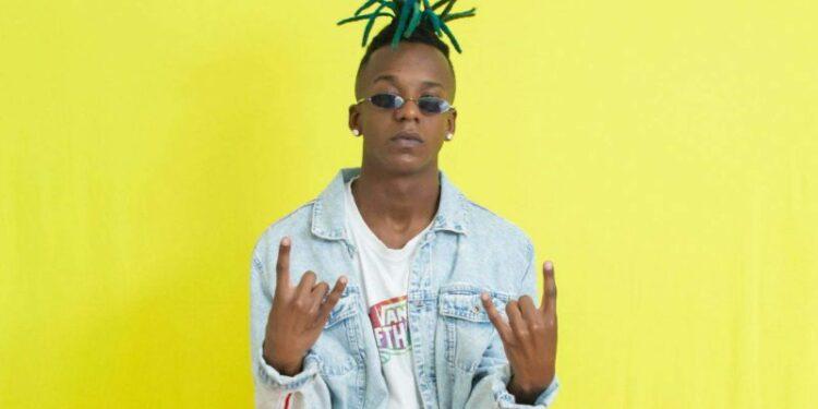 O jovem rapper traz toda a sua revolta no EP