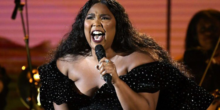 LOS ANGELES, CALIFORNIA - JANUARY 26: Lizzo performs onstage during the 62nd Annual GRAMMY Awards at Staples Center on January 26, 2020 in Los Angeles, California. (Photo by Kevork Djansezian/Getty Images)