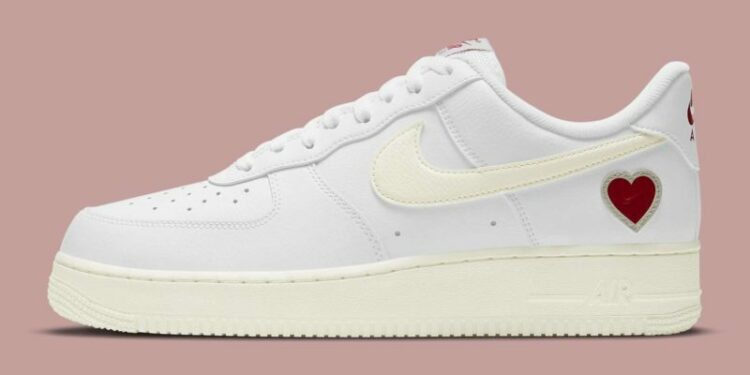 nike air force 1 low valentines day 2021 release date dd7117 100 profile