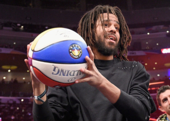 LOS ANGELES, CA - FEBRUARY 17:  J. Cole attends the 2018 Verizon Slam Dunk Contest at Staples Center on February 17, 2018 in Los Angeles, California.  (Photo by Kevork Djansezian/Getty Images)